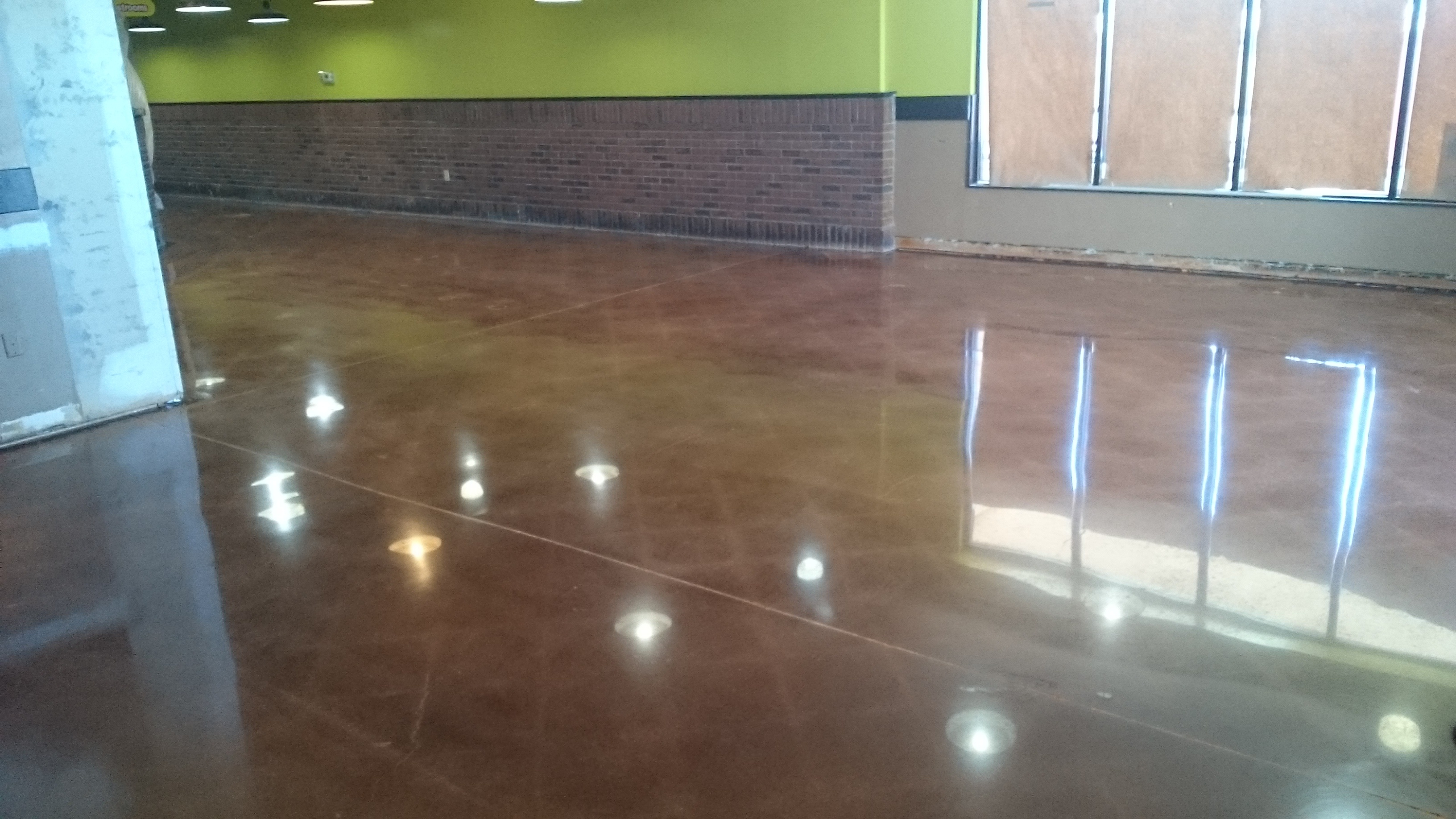 Dyed Polish for commercial retail setting